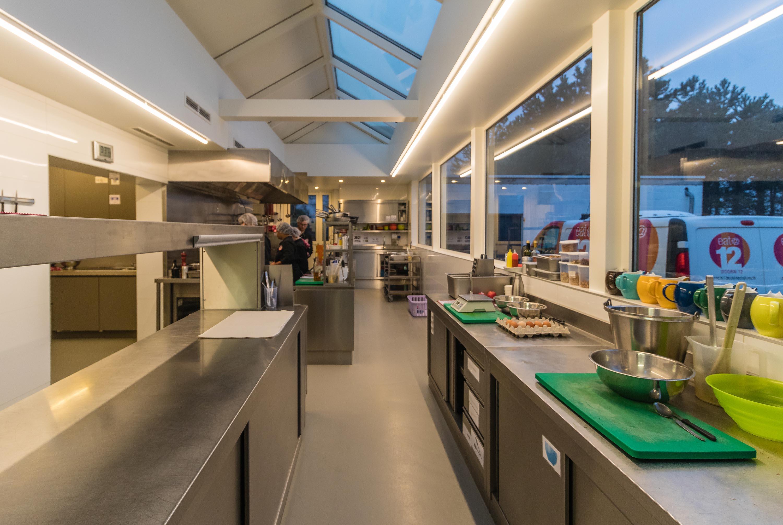 Keukenrenovatie Offerte : Keukenrenovatie voor een tevreden klant Groep Cnudde