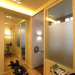 verlichting - praktijk - kasten - parket - glas - sanitair