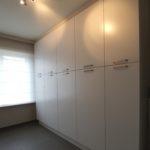 afgewerkt-slaapkamer-dressing-parket-velux-verlichting