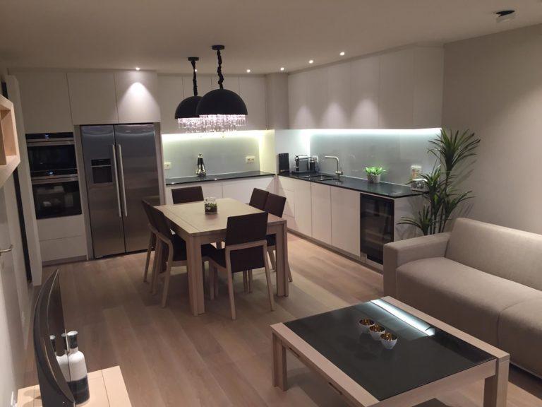 Totaalrenovatie keuken badkamer verlichting